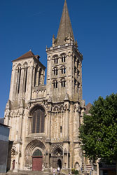 Cathédrale-Saint-Pierre-de-Lisiex-017.jpg