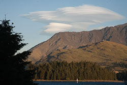 Eyre_Mountains,_Queenstown-001.jpg
