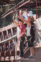 Karawau_Bridge,_Bungy_Jumping_005.jpg