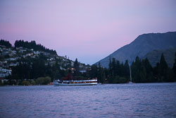 Lake_Wakatipu,_Eyre_Mountains,_Queenstown_-011.jpg