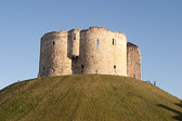 Clifford's-Tower--002