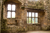 Helmsley_Castle_-014