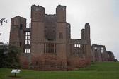 Kenilworth_Castle_-020