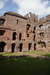 Acton_Burnell_Castle_-007.jpg