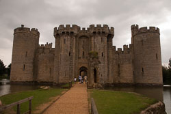 Bodiam_Castle_-021.jpg