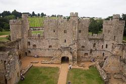 Bodiam_Castle_-078.jpg