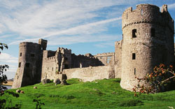 Carew_Castle_-005.jpg