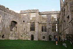 Carew_Castle_-014.jpg