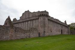 Craigmillar_Castle_-111.jpg