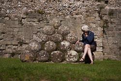 Pevensey_Castle_-031.jpg