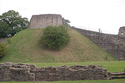 Pickering-Castle--007.jpg