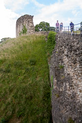 Pickering-Castle--056.jpg