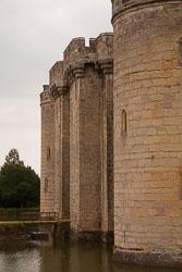 Bodiam_Castle_-013.jpg