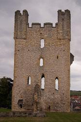 Helmsley_Castle_-023.jpg