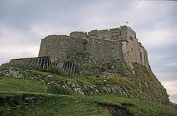 Lindisfarne_Castle_-002.jpg