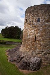Dirleton_Castle_-017.jpg