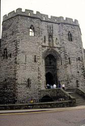 Caernarfon_Castle_-013.jpg