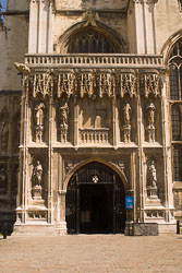 Canterbury_Cathedral-003.jpg