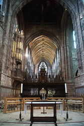 Chester_Cathedral_-055.jpg