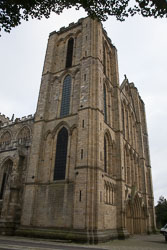 Ripon_Cathedral_061.jpg