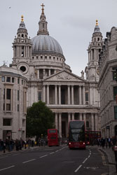 St_Paul's_Cathedral_-002.jpg