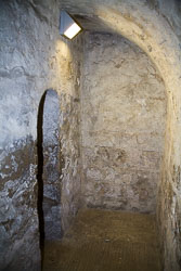 St_Wilfrid's_Crypt,_Ripon_Cathedral_-002.jpg