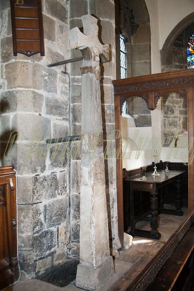 All_Hallows_Church,_Kirkburton-015.jpg