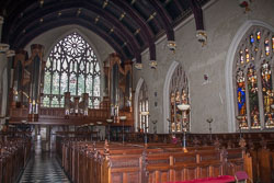 Lincoln's_Inn_Chapel_-006.jpg
