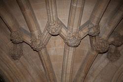 Lincoln's_Inn_Chapel_-024.jpg