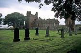 Lindisfarne_Priory-001