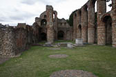 St_Botolph's_Priory,_Colchester-013