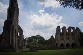 Wenlcok_Priory-005