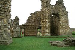 Tynemouth_Priory-016.jpg