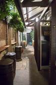 Ye_Olde_Mitre_Tavern,_Chancery_Lane-007