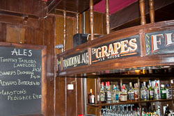The-Grapes,-Limehouse,-London-011.jpg
