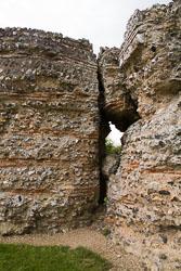 Gariannonum,-Burgh-Castle-Roman-Fort-011.jpg