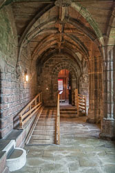 Chester_Cathedral_-002.jpg