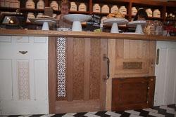 Cafe_Doors-002.jpg