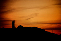 Victoria_Tower,_Castle_Hill,_Huddersfield-010.jpg