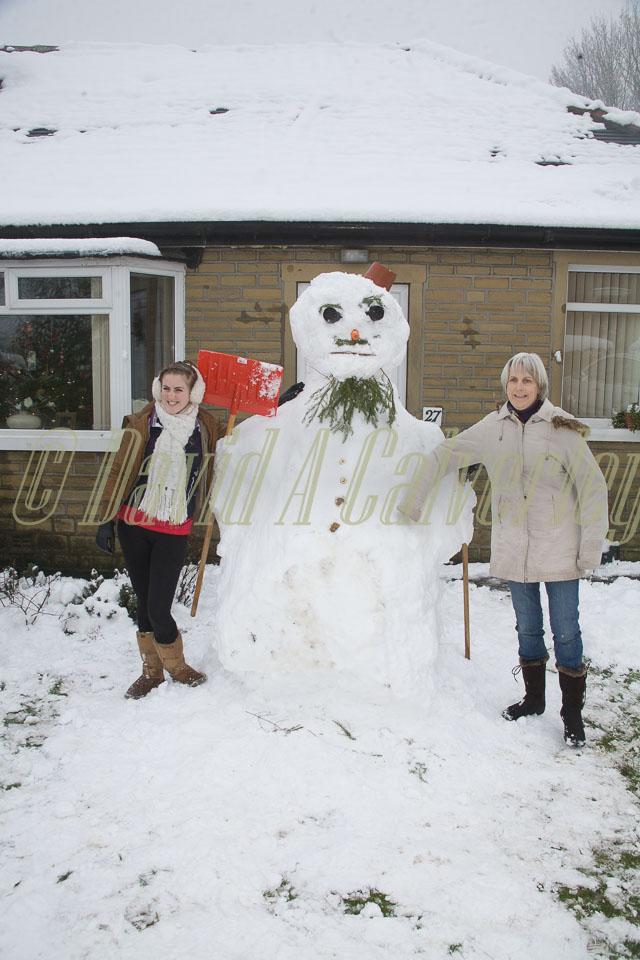 Family_Snowman_001.jpg