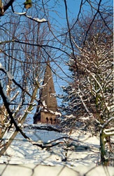 St_John's_Church,_Golcar,_Snow_002.jpg