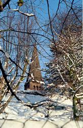 St_John's_Church,_Golcar,_Snow_002.jpg
