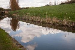 Huddersfield_Narrow_Canal_-007.jpg