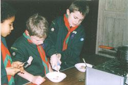 2004_Cub_Cooking-005.jpg