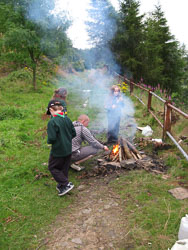 2008_Cubs_Outdoor_Cooking-003.jpg