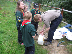 2008_Cubs_Outdoor_Cooking-016.jpg