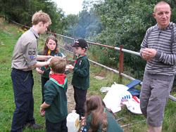 2008_Cubs_Outdoor_Cooking-017.jpg
