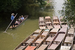 Punts,_River_Cherwall,_Oxford_003.jpg