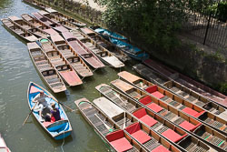 Punts,_River_Cherwall,_Oxford_005.jpg