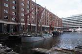 St Katherine Docks -008
